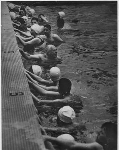 Cureton in the swimming people